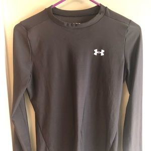 Under Armour Black Fitted Long Sleeve YXL